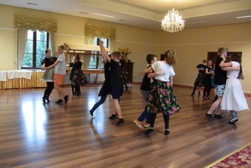 Relacja z warsztatów tańca ludowego 2016